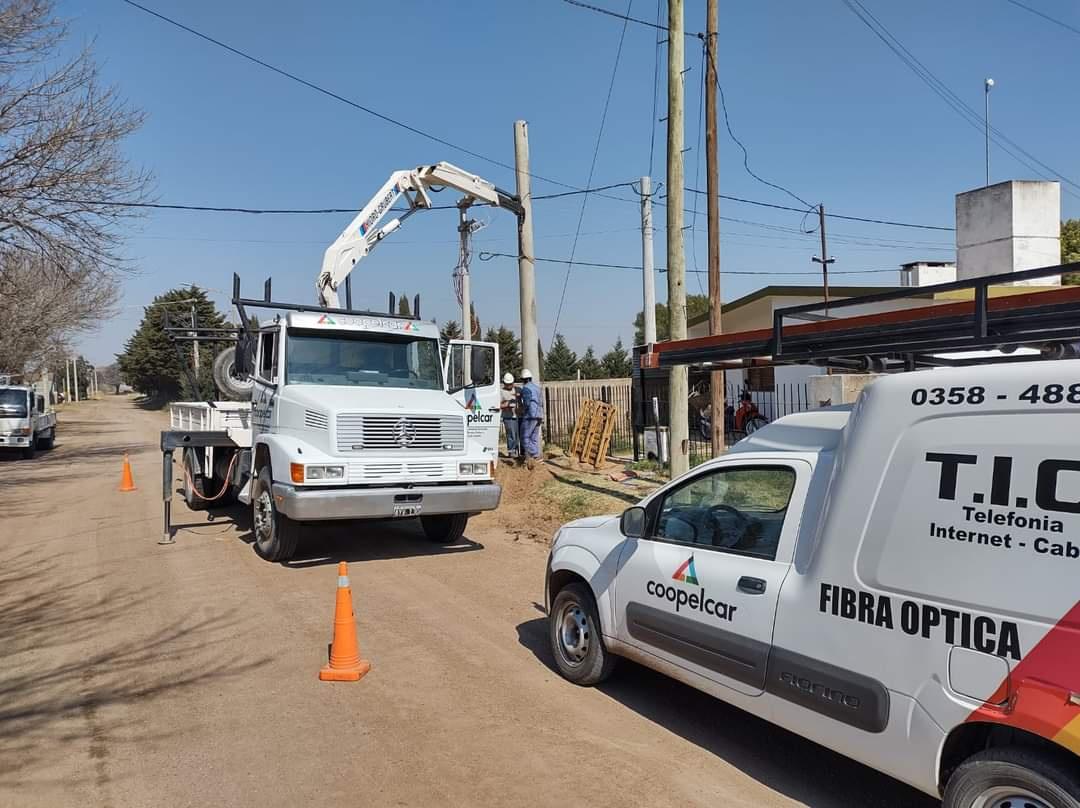 COOPELCAR: LA EXPANSIÓN DE RED DE GAS NATURAL Y ELÉCTRICA EN CARNERILLO servicios