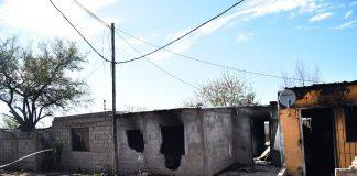CONMOCIÓN: LOGRAN SACAR A UNA FAMILIA DEL INCENDIO DE SU CASA, PERO ESTÁN GRAVES